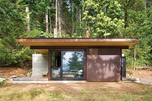 Cabane moderne dans les bois blogd co factorychic for Cabane en bois moderne