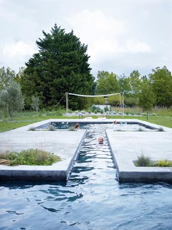 grande piscine d'une Belle grange rénovée - Factory Chic