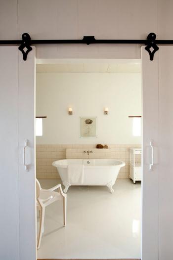 Salle de bain toute blanche...