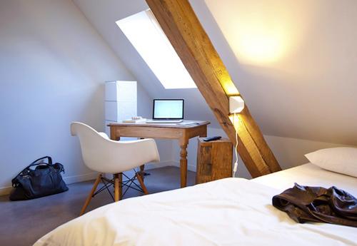 Gastama hotel bar lille blog d co factorychic for Chambre poutre apparente