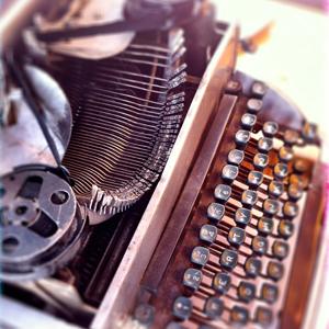 Belle machine à écrire vintage